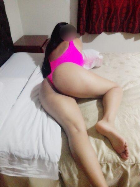Lucia ardiente joven venezolana con bella figura