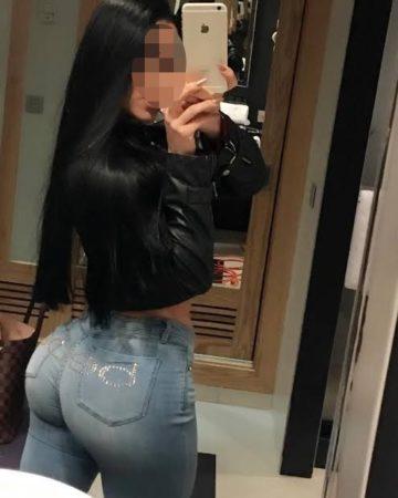 Tamara 976591659, venezolana de 19 años, culona y de tetas grandes, hago oral peladito y full anal, salidas a hoteles del Mall del Sur.